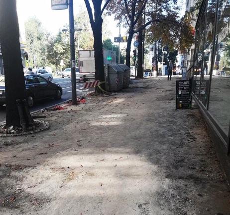 Радови на тротоарима у Кнеза Милоша