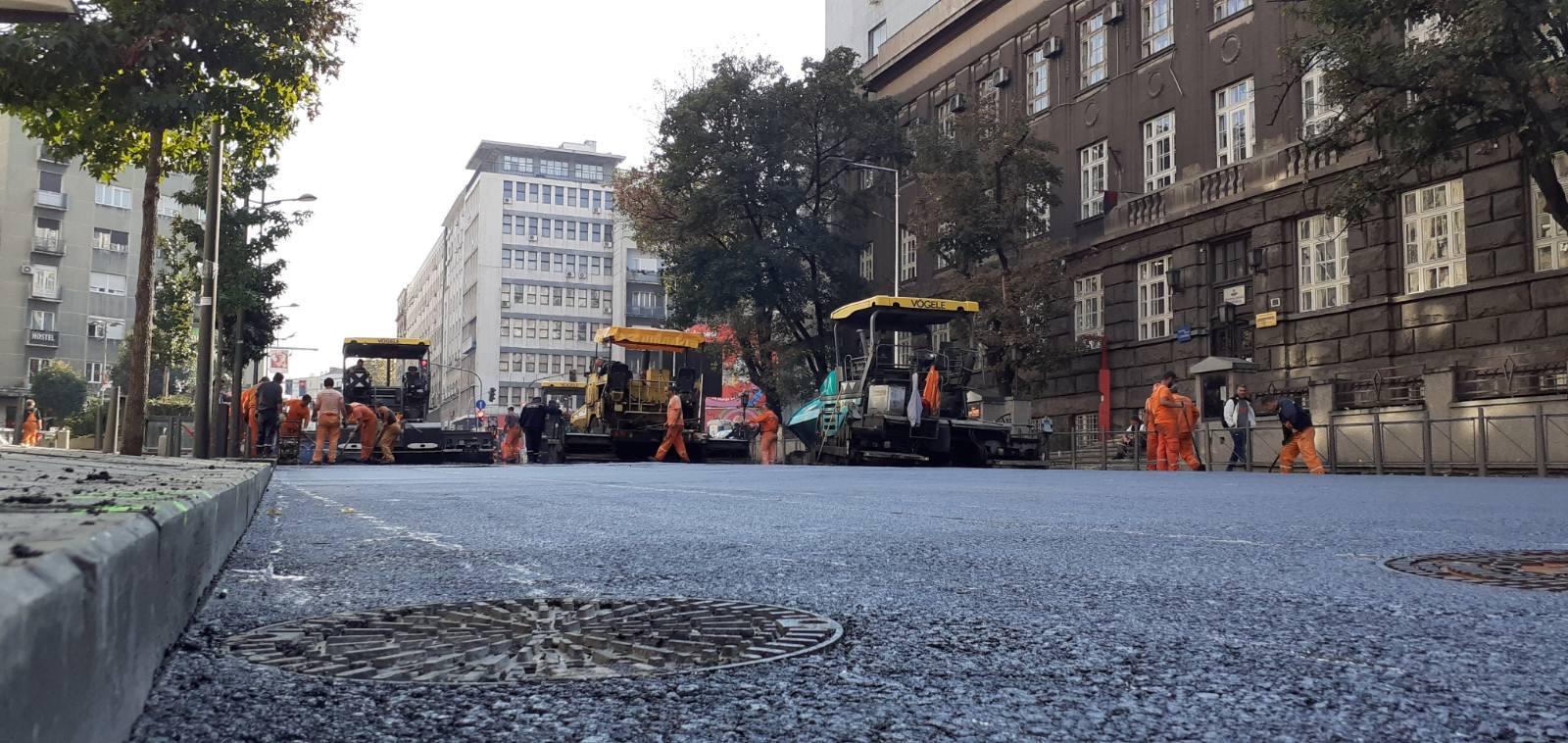 Радови у Дечанској улици
